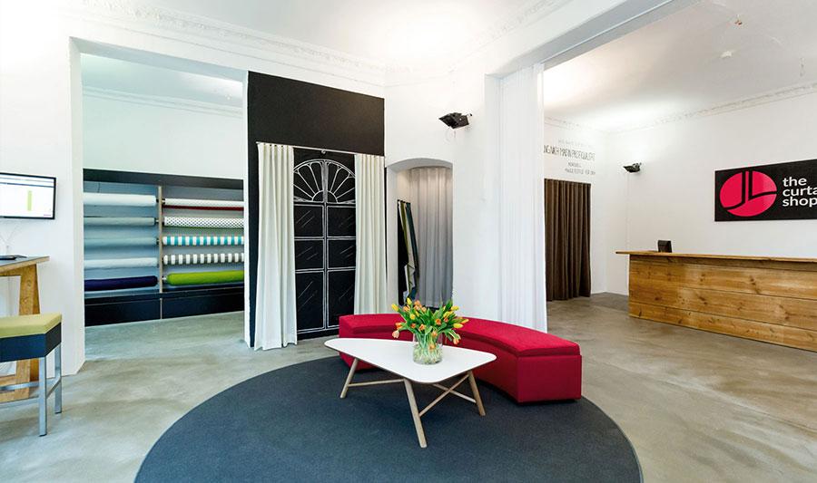 Ist dein individueller Vorhang montiert, freu dich über deinen selbst gestalteten Vorhang in Profiqualität